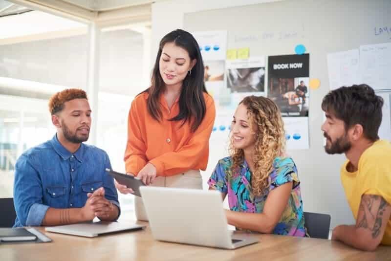 equipo-agencia-digital-programación-de-software