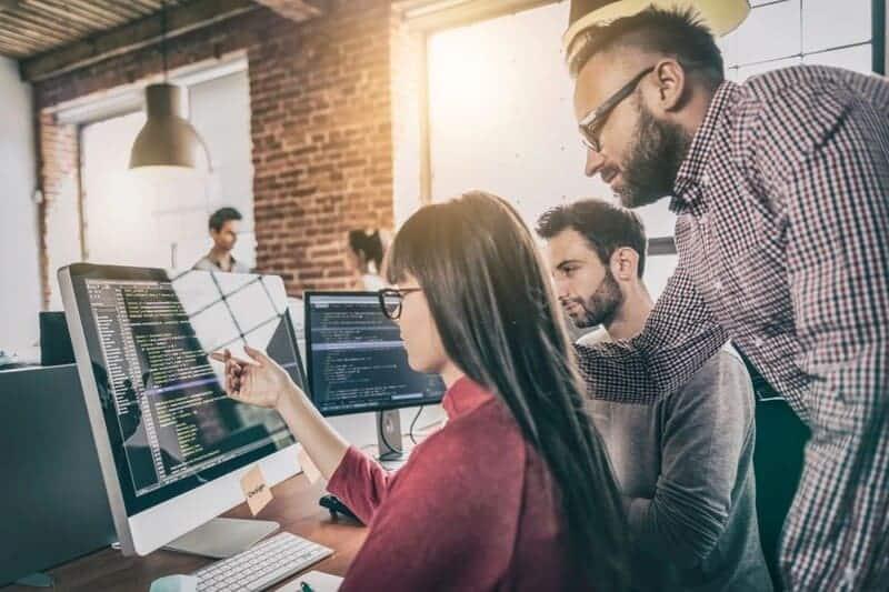 Mejora la seguridad de tu empresa con la programación de un software